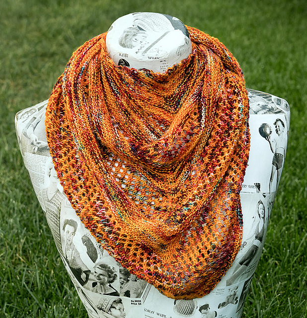 Reyna The Loopy Ewe One skein projects