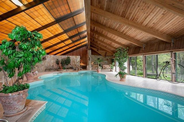 indoor pool house in MA