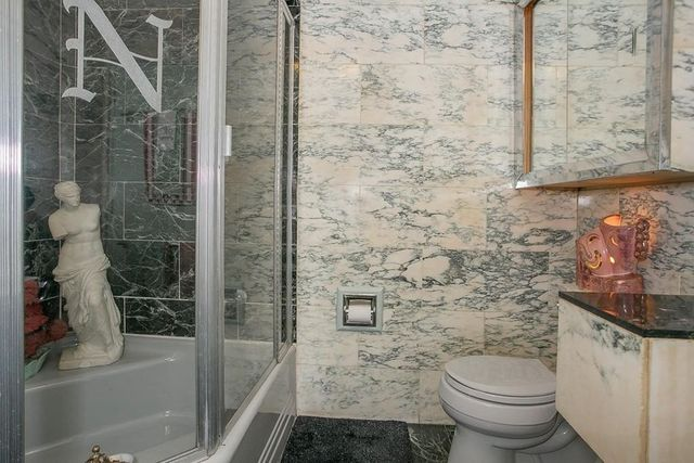 Marble bath Bedford MA house